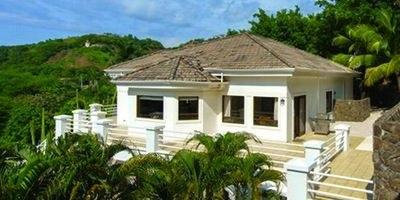 Homes & Villas7