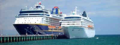 Puntarenas Banner Cruise Ships1
