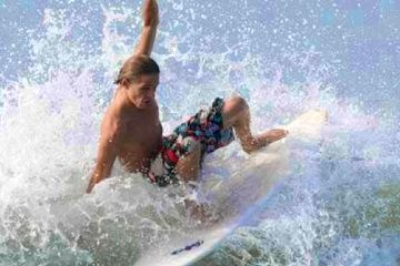 Surfing in Puntarenas Jaco