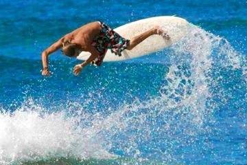 Surfing in Puntarenas Playa Hermosa