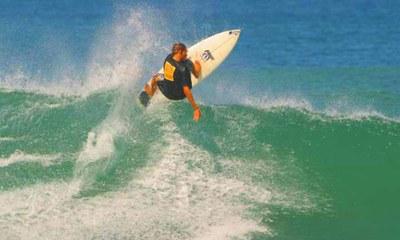 Surfing Activites in Costa Rica