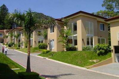 Santa Ana Town Homes