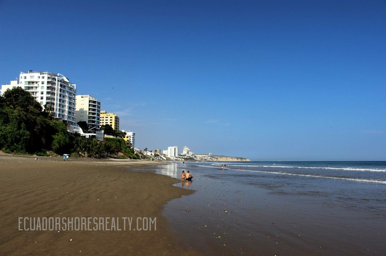 manta ecuador the largest and fastest growing coastal city in the