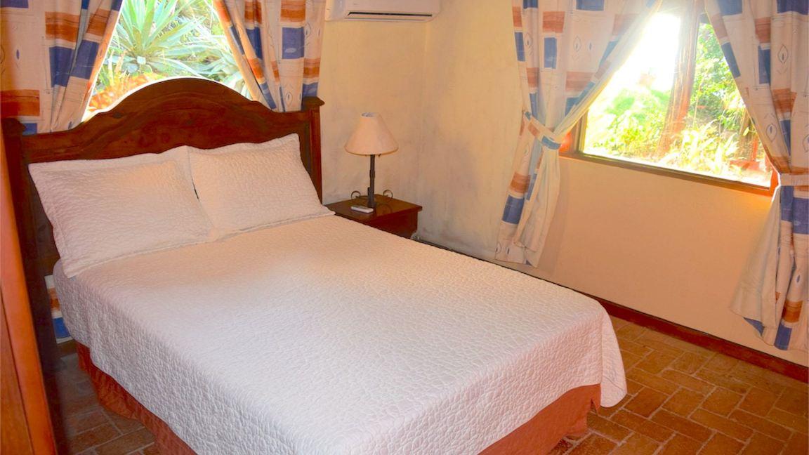 Casa Mega 2nd Bedroom1
